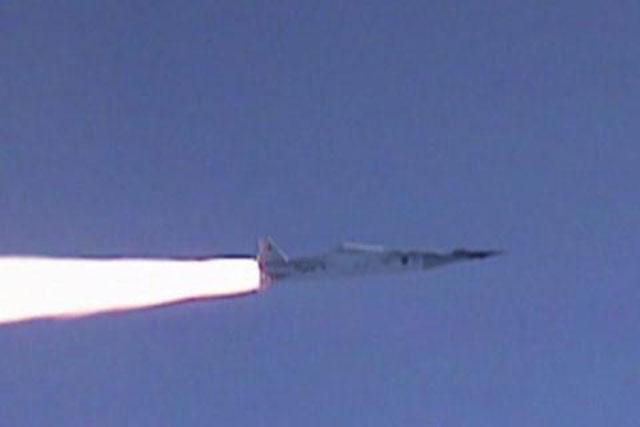 Mỹ vào quỹ đạo đốt tiền vì vũ khí siêu thanh?