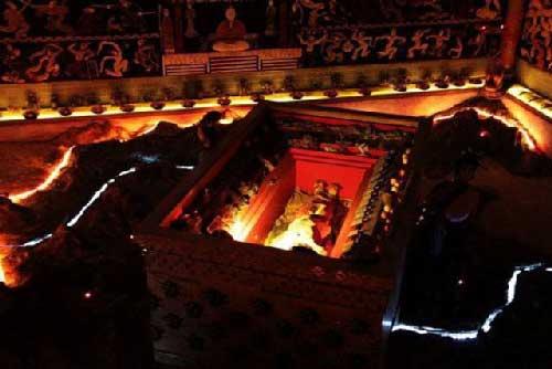 Mộ cổ của Tần Thủy Hoàng xuất hiện 'thần dược' màu đỏ, chuyên gia nhìn đã thấy 'lạnh sống lưng'