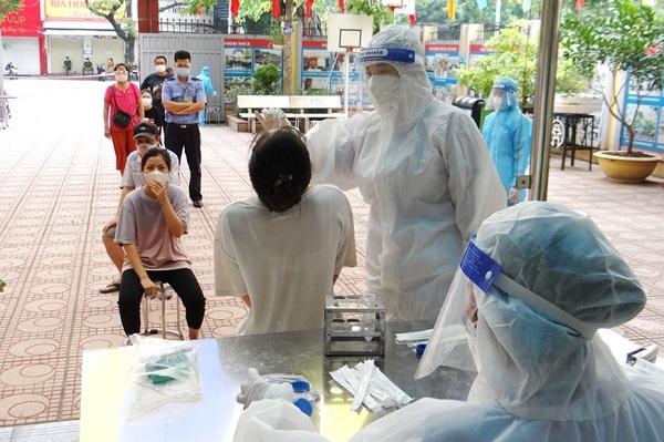 Bộ Y tế yêu cầu rà soát tất cả người đi về từ vùng dịch COVID-19
