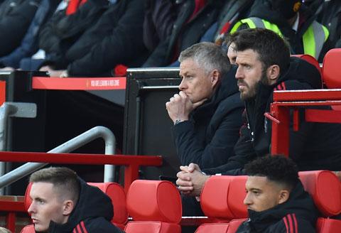 MU thảm bại 0-5 trước Liverpool: Tất cả đều chờ một câu nói của Solskjaer