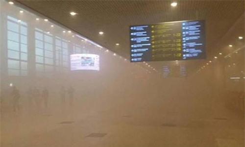 Vụ hỏa hoạn tại sân bay nước Nga khiến 3.000 hành khách phải sơ tán.