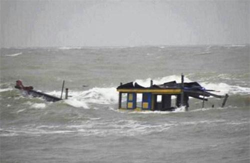 Cho đến nay, 15 thuyền viên trong vụ nổ bình gas chìm tàu vẫn mất tích.