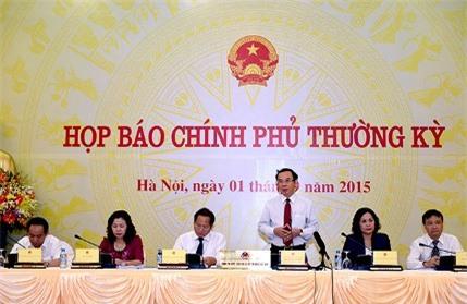 Bộ trưởng, Chủ nhiệm VPCP Nguyễn Văn Nên chủ trì phiên họp báo Chính phủ thường kỳ tháng 8/2015. Ảnh: VGP/Quang Hiếu.