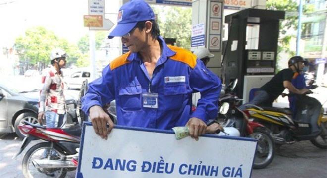 Nhiều dự đoán giá xăng dầu hôm nay sẽ được điều chỉnh giảm. Hình minh họa.