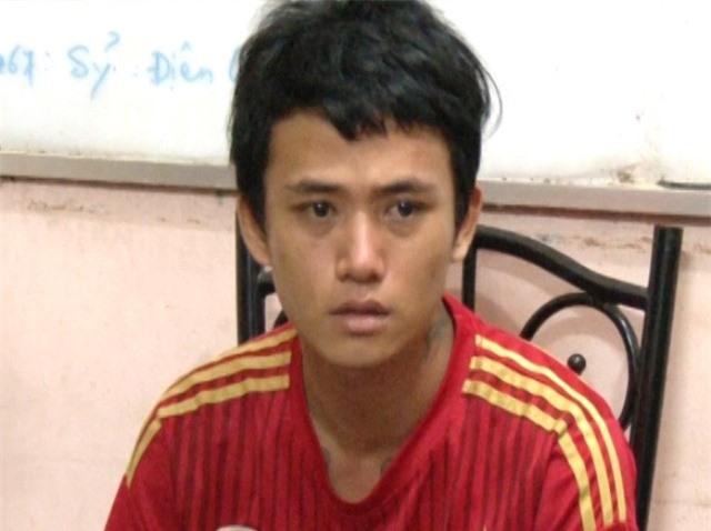 Nghi can Dương Tuấn Khang tại cơ quan điều tra.