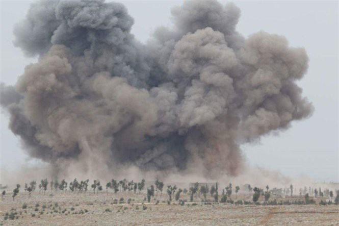 Các máy bay Nga đã không kích IS hơn hai tuần nhằm hỗ trợ chế độ của tổng thống Assad.