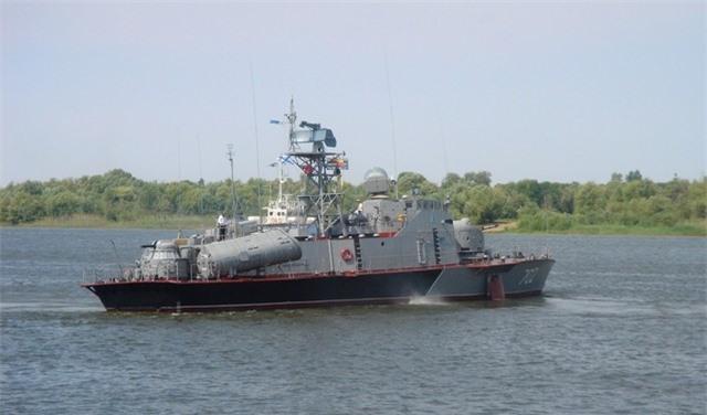 Tàu pháo tuần tra